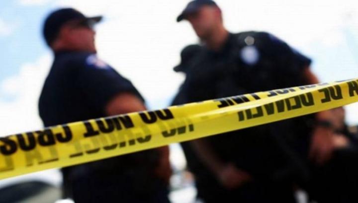 Fugiți sau luptați! Un bărbat înarmat a deschis focul într-un centru medical naval din San Diego