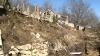 """""""Am rămas fără nimic!"""" 25 de oameni răniţi şi 140 de case distruse, în urma alunecărilor de teren"""