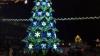 """""""Primarul, ocupat de treburile personale"""". Pomul de Crăciun din Bălţi, demontat în data de 1 februarie"""