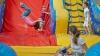 STUDIU: Metodele preferate de părinţii moldoveni pentru a-şi distra copiii