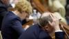 REACȚIA deputaților privind proiectul de lege care ar putea să-i lase fără mandate