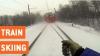 AMEŢITOR: Un tânăr s-a agăţat de un tren şi face senzaţie. CLIPUL VIDEO este înfricoşător