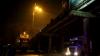 Ziua gesturilor teribiliste! Încă un bărbat a amenințat că se aruncă de pe podul de lângă Circ