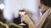 """""""Eu beau puțin, puțin, câte puțin!"""" O nouă campanie împotriva consumului excesiv de alcool (VIDEO)"""
