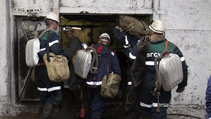 O mină de cărbuni din Rusia s-a prăbușit. Aproape 100 de oameni, prinși în subteran