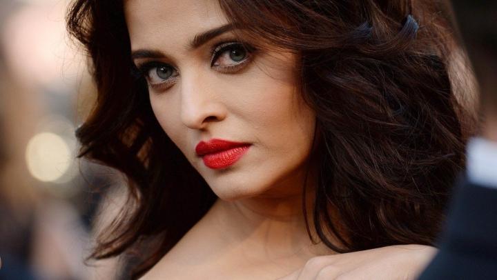 Secretul frumuseții indiencelor! Ingrendientele MAGICE pentru tenul perfect