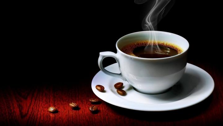 BINE DE ŞTIUT! Cinci motive ca să nu arunci zaţul de la cafea