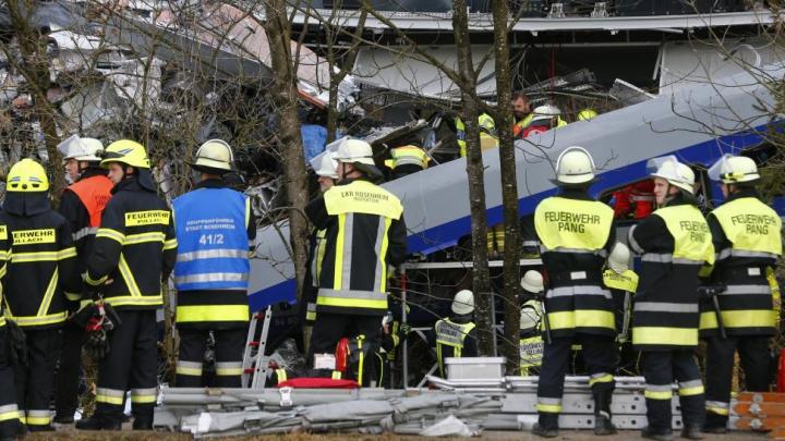 Anchetă: care este cauza teribilului accident feroviar din Germania care a luat viața a 11 oameni