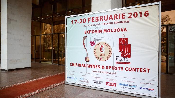 """""""Expovin Moldova"""" și-a deschis larg ușile. Clienţii, surprinşi cu cele mai aromate băuturi (FOTOREPORT)"""
