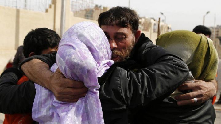 Statul Islamic a eliberat 42 de creștini sirieni. Ce a obținut în schimb