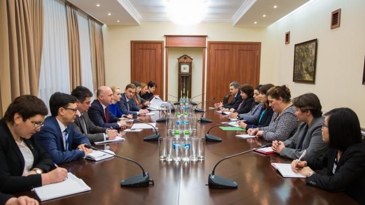 Ce a discutat premierul Pavel Filip cu experţii de la Fondul Monetar Internaţional