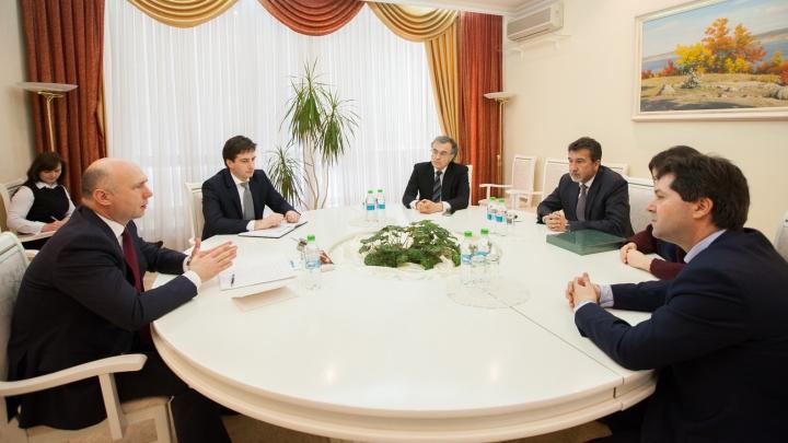 """""""Securitatea energetică este o prioritate"""". Pavel Filip s-a întâlnit cu reprezentanți ai Gas Natural Fenosa"""