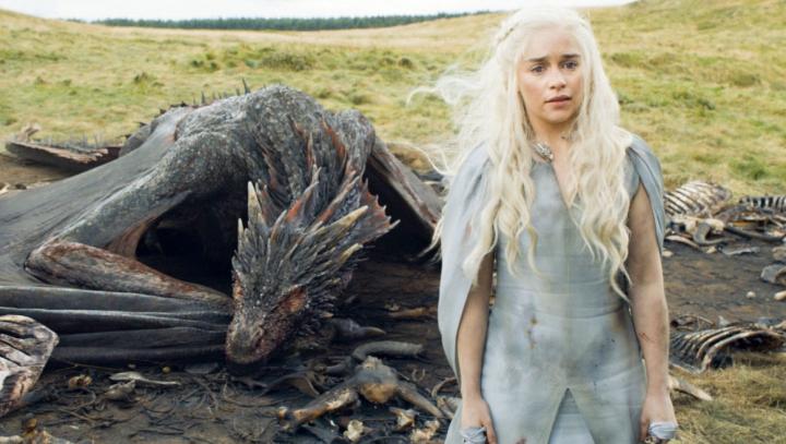 """SURPRIZĂ uriaşă pentru fanii """"Game of Thrones"""". Au fost publicate imagini exclusive din noul sezon"""