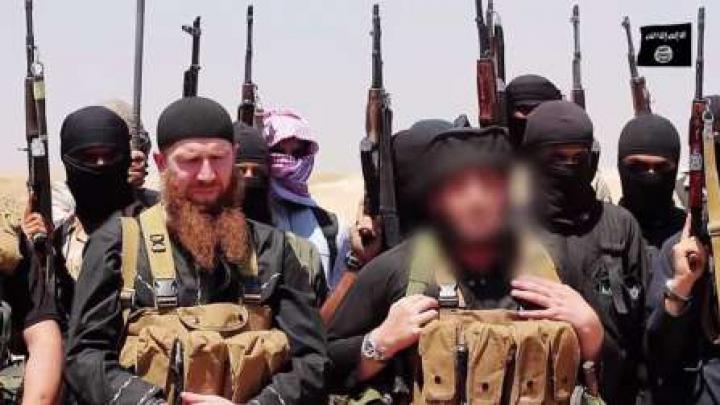 Al Qaida AMENINȚĂ cu o ofensivă în următoarele 48 de ore în Siria, pe fondul retragerii forțelor ruse