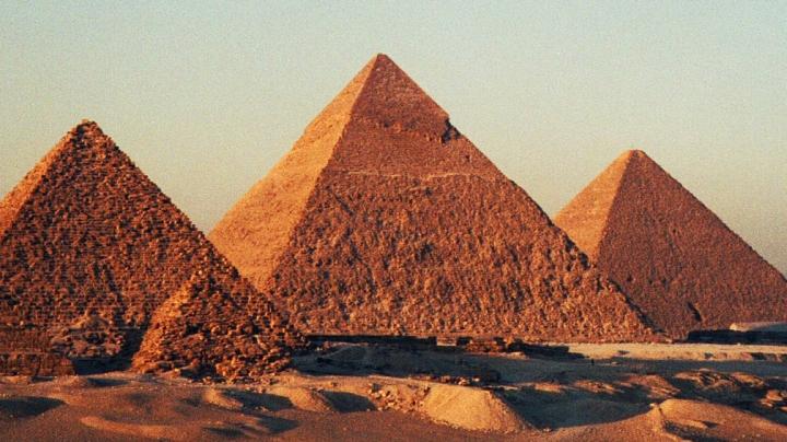 Arheologii au făcut o descoperire uimitoare lângă piramidele din Egipt! Ar avea peste 4.000 de ani