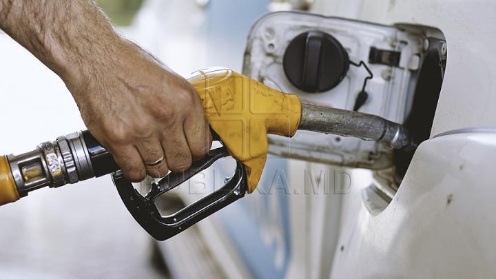 ATENŢIE, ŞOFERI! De astăzi, benzinăriile au afișat PREŢURI NOI la carburanţi