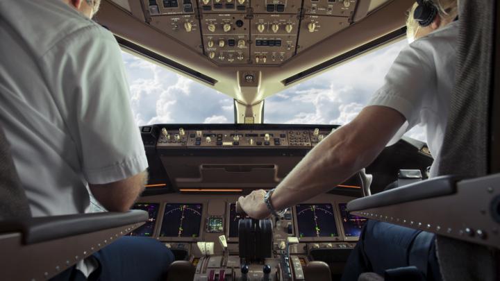 DETALII despre avionul din Madrid în care a fost semnalată O AMENINŢARE CU BOMBĂ