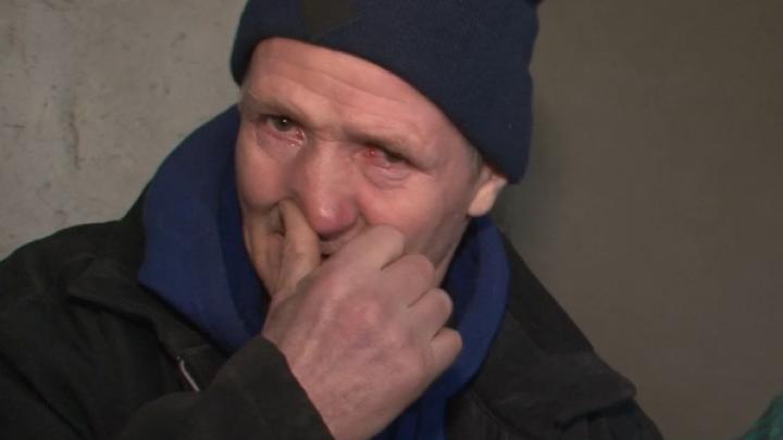 """Povestea unei familii sinistrate din Răzeni. """"Am numai o dorinţă: vreu să pornesc să fac casa"""""""