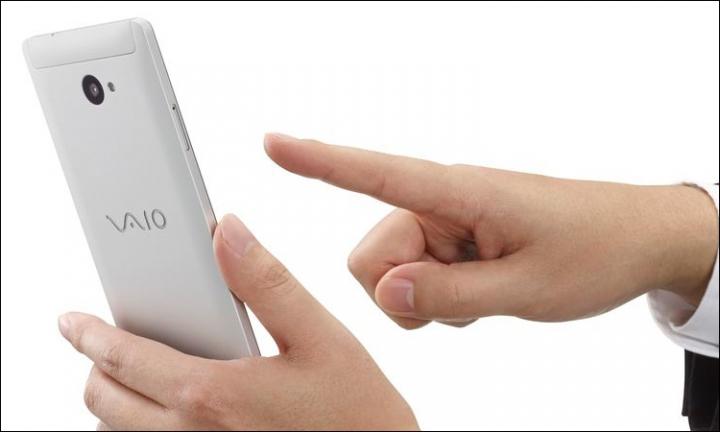 Compania japoneză VAIO lansează primul său smartphone cu Windows 10 Mobile (FOTO)