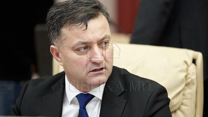 Ministrul Dezvoltării Regionale PLEACĂ la Bucureşti. Garantarea investiţiilor româneşti, CRUCIALĂ