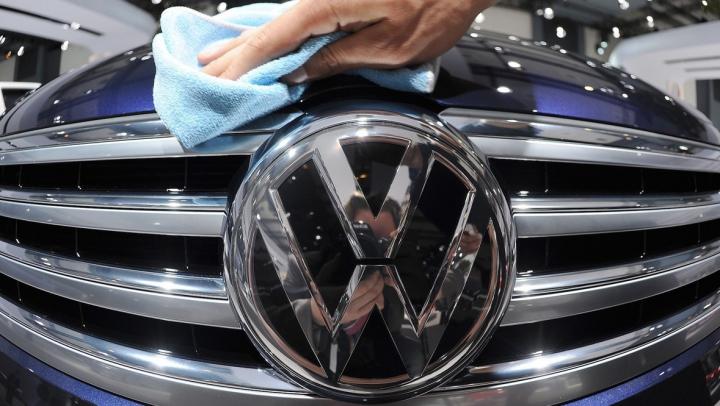 Volkswagen recheamă în service sute de mii de mașini. Care este cauza