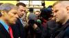 """Un bărbat către Cioloş:  """"Să vă fie ruşine pentru ce faceţi!"""""""