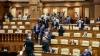SCANDAL la Parlament! Un grup de ONG-iști și jurnaliști au dat buzna în plen (FOTOREPORT)