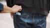 Prinși în flagrant! Trei hoți de buzunare au fost reținuți de polițiști (VIDEO)