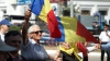 Cu flori, pancarte şi cu drapelele României în mâini, aşa au comemorat un grup de unionişti, victimele regimului nazist și ale celui comunist