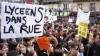 NO COMMENT. La Paris, liceenii s-au bătut cu poliţiştii (VIDEO)
