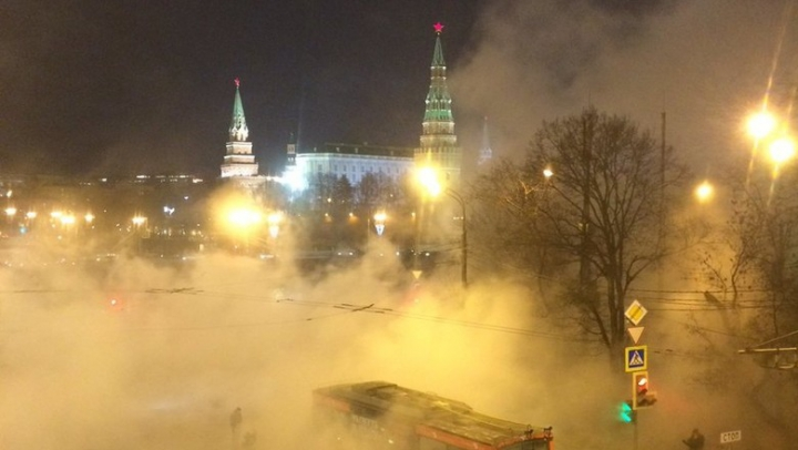 SCENE APOCALIPTICE la Kremlin după ce o țeavă de apă caldă s-a spart (VIDEO)