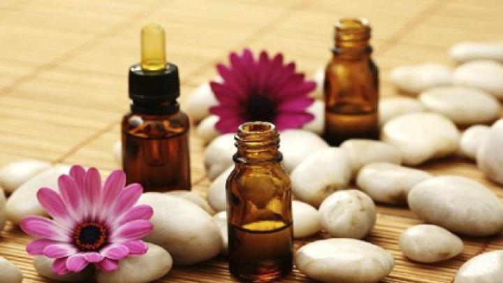 Aromoterapia te scapă de stres. Esenţele recomantate de specialişti