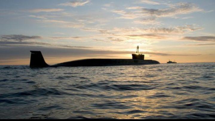Un submarin cu rachete nucleare a apărut la doi pași de coastele europene