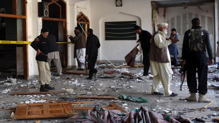 Atac sinucigaș la un tribunal din Pakistan: cel puțin 8 morți și 27 de răniți