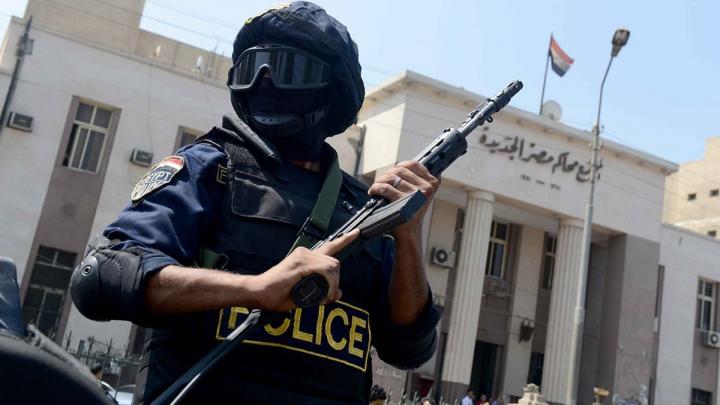 TERIFIANT! Jihadişti au executat două persoane într-o piaţă publică din Egipt