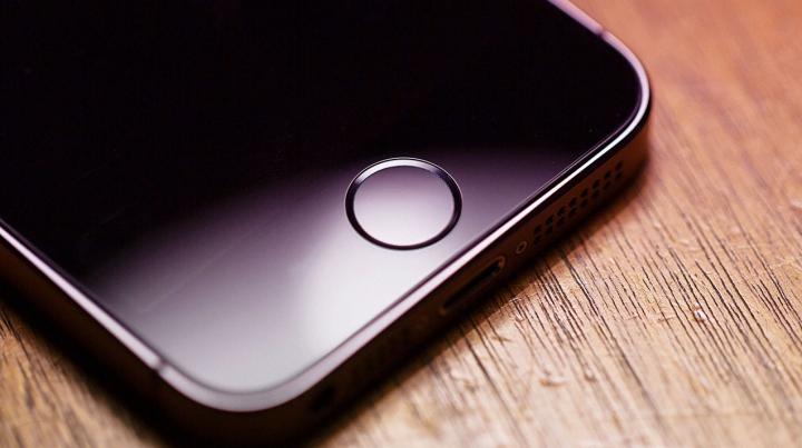 Primele imagini cu iPhone SE, cel mai a așteptat gadget al sezonului (VIDEO)