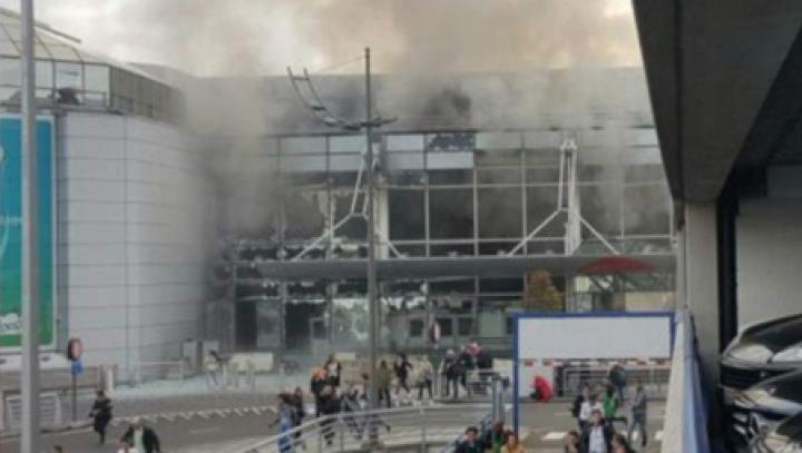 GROAZĂ, SÂNGE ȘI DISPERARE. Cum arăta aeroportul din Bruxelles imediat după atentatul terorist (IMAGINI ȘOCANTE)