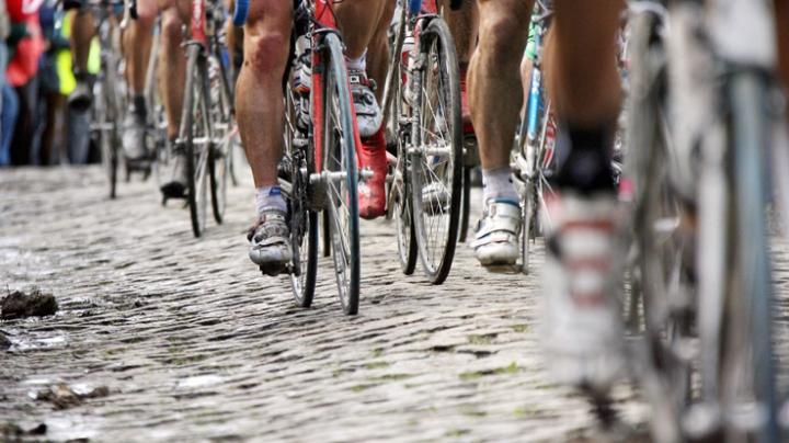 Autoritățile belgiene adoptă noi măsuri de securitate: Cursa de ciclism din Turul Flandrei, ANULATĂ