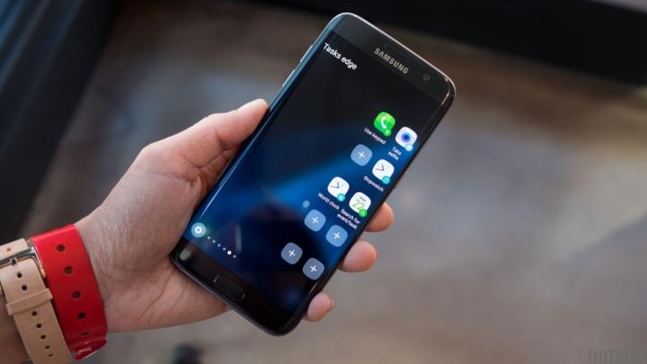 DEZAMĂGIRE TOTALĂ! Galaxy S7 Edge a început să-și frustreze utilizatorii