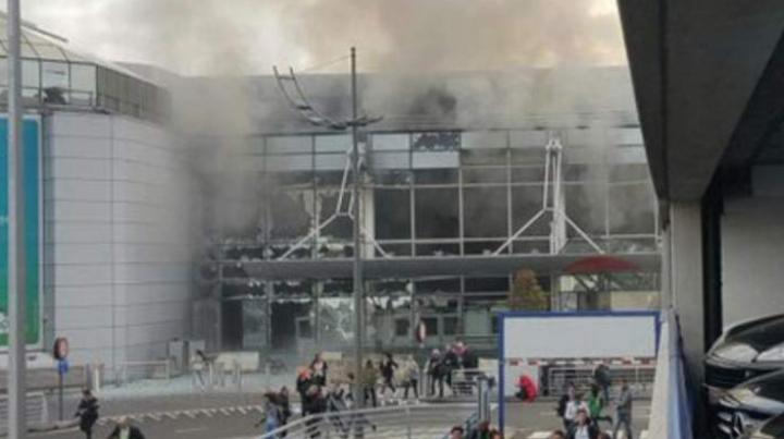 Statul Islamic revendică atentatele sinucigaşe din Belgia, soldate cu moartea a peste 30 de oameni