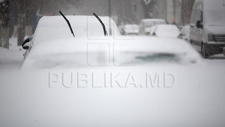 Furtună puternică de zăpadă în Spania: Nimeni nu are curajul să iasă din casă
