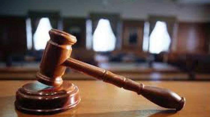 Taximetristul din Capitală, care a lovit mortal doi soţi pe zebră, trimis în judecată