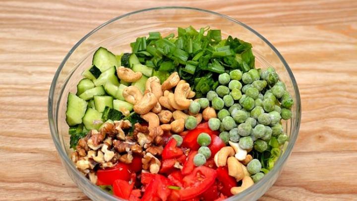 Zece sfaturi pentru o alimentaţie corectă. Care sunt produsele ce pot fi combinate