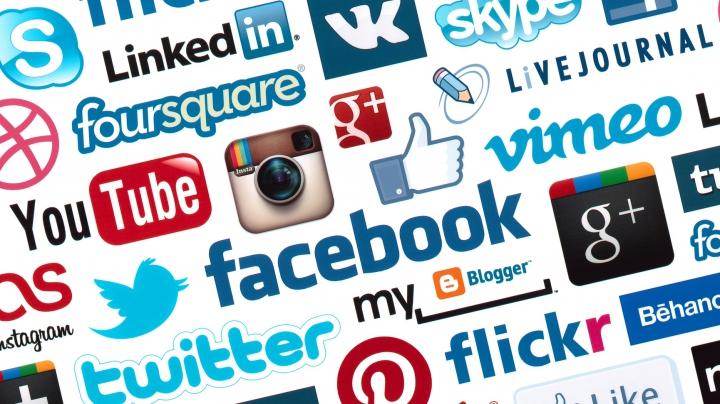 Una dintre cele mai populare reţele de socializare i-a supărat pe utilizatori. Află ce i-a nemulţumit