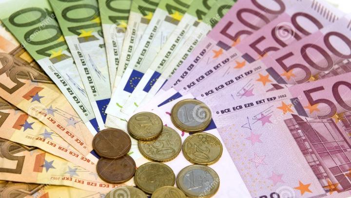 Bancnota care va deveni istorie! MOTIVUL pentru care ar putea fi retrasă din circulaţie
