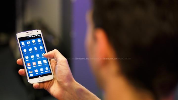 SUA cade pe a treia poziție în topul țărilor cu cei mai mulți utilizatori de smartphone. Cine a depășit-o