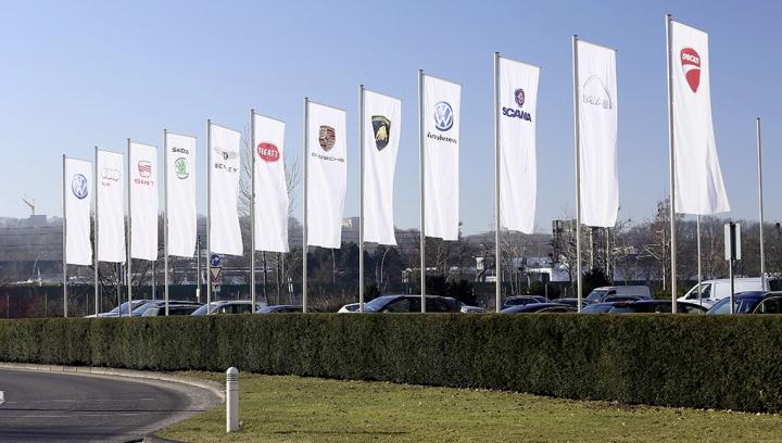 Gigantul Volkswagen recheamă în service peste 800.000 de vehicule. MODELELE vizate