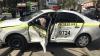 ACCIDENT ÎNFIORĂTOR în centrul Chişinăului. Şoferul unui Porsche a băgat în spital un poliţist în misiune