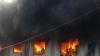 Incendiu de proporții în India. O fabrică de textile, mistuită de flăcări (VIDEO)