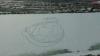 PORTRET uriaş a lui Gagarin, DESENAT de tineri entuziaşti pe zăpadă